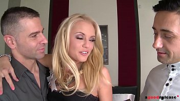 blonde stunner vanda lust needs two big hard cocks up her ass and pussy min