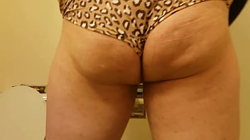 """Playing in mommy's dirty panties <span class=""""duration"""">28 sec</span>"""