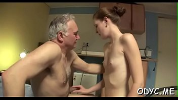 Stunning old and youthful action with hot babe seducing daddy 5分钟