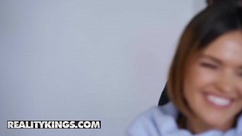 Moms Bang Teens - (Krissy Lynn, Kimmy Granger, Seth Gamble) - My Daughters New Boyfriend - Reality Kings