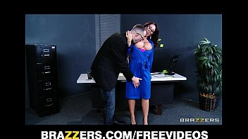 Capri Cavanni sneaks out of office party & deepthroats b