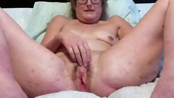 Brunette Milf Fingers And Rubs Pussy While Her Clit Gets Hard 6 min