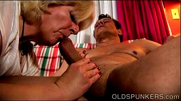 Huntington in sex offenders Beefy older babe gives an amazing sloppy blowjob