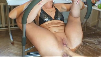 Videos of mature squirting Brought to orgasm with two hands in pussy - freematurecameras.com