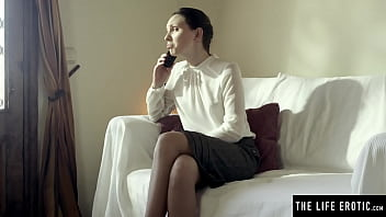 Cute office girl uses a massager to masturbate to a wild orgasm