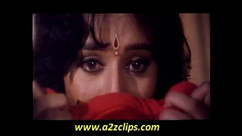 Madhuri Dixit (Madhu in love scene from khilaaf) Thumb