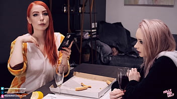 She made her dream come true and fucked her girl friend - MolllyRedWolf