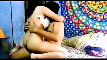 Indian desi aunty sucking young boy huge cock