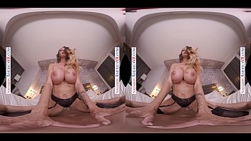Naughty America - McKenzie Lee will s. you with her big jugs in VR