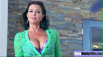 (Veronica Avluv) Sluty Housewife With Big Round Tits On Sex Tape clip-28