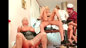Strumpets with deep face holes show their skills at a sex party