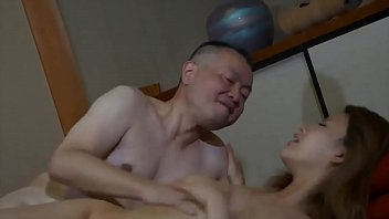 Con Dâu Trẻ Trung - Young Daughter In Law 70分钟