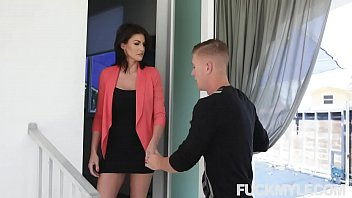 Milf Mind Games And Muff Stuffing Becky Bandini