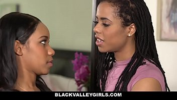 Hot ebony sexy girls Blackvalleygirls- hot ebony bffs scissor fuck