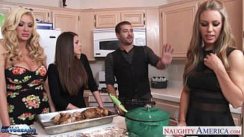 Bisexuals girls Hot cuties brooklyn chase, nicole aniston and summer brielle gets nailed
