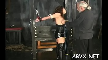 Sultry minx blows meat gets ready for fuck