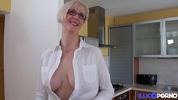 Busty Milf Eva Loves To Get Cum On Her Tits