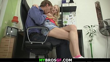 He caught blonde girlfriend riding another dick