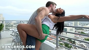 BANGBROS - Parker Page's y. pussy gets fucked (bbe11967)