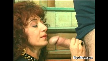 Horny mature hooker gets that wet hairy | Video Make Love