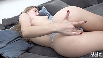 Sexy Girl Aislin Masturbating just for you