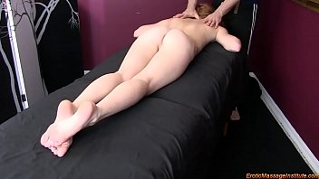 Alex Tanner Gets Erotic Massage and Happy Ending 44 min