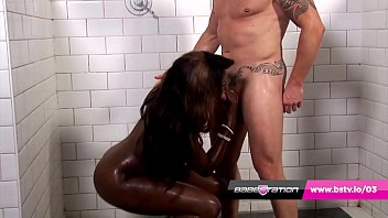 Natural UK ebony Chantelle gets fucked in the shower