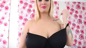 Samia smith pussy Busty blonde sinful samia uses pink vibrator and magic wand