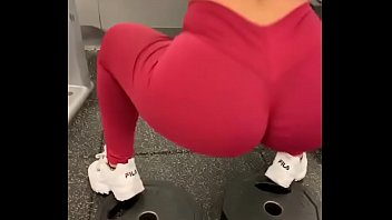 Fitnees Teen BABE ASS GYM - Mas videos subscribete https://bit.ly/2TWou0T