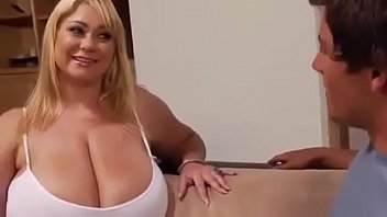 Horny mothers #7 - Helpfulmother.com