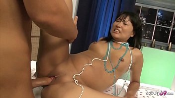 Real Thai Street Hooker Fuck Bareback by Big Dick Client