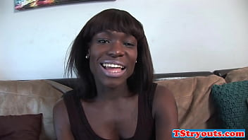 Round bootied solo ebony ts jerking off