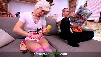 Shake The Snake - OMG! Step-Daddy is such a FILF!