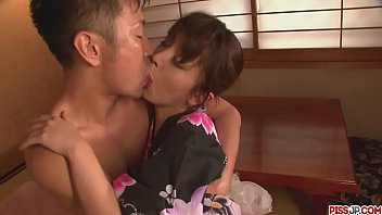 Marika japan girl blowjob ends in a pussy creampie - More at Pissjp.com thumbnail