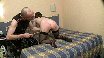 french bdsm seance fouet fisting a l'hotel soumise sandy