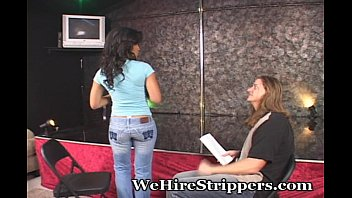 How strippers work on periods - New to the stripping game
