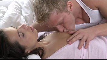 Orgasms - Beautiful couples first time