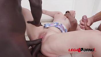 Streaming Video Bubble-Bootied Taylee Wood Has Her Virgin Gangbang & It's Rough - Fap18