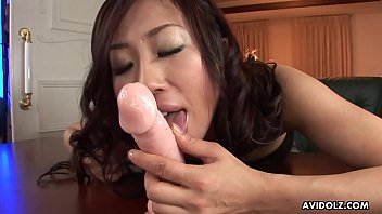 Asian hottie in her green bra rides a dildo to completion thumbnail