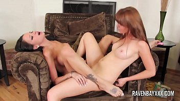 Raven Bay fucks her sexy girlfriend Marie McCray