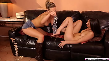 Brunette lesbian pussy licking her bff