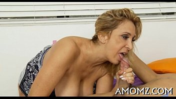 Free hot milf moms movie - Smokin hot older in action