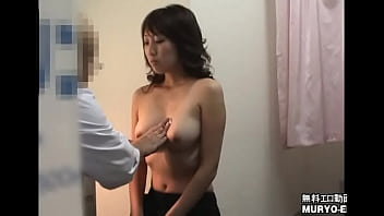 [20-year-old Student Kana who is irresistibly erotic in the sex appeal of a thirty woman] Obstetrics and Gynecology Examination File01 Interview / Palpation 3 min