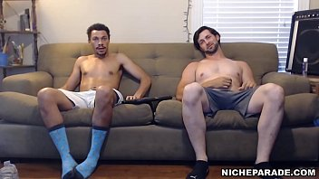Gay and free and video Niche parade - straight guys beating off on my couch for free room board
