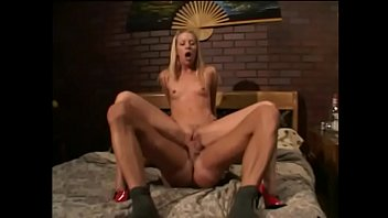 Blonde gets her pussy stretched by long cock