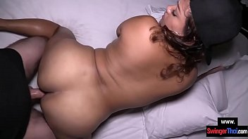 Amateur BBW Thai cutie picked up in a bar to have sex