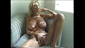 Gallery slut smoking Sexy blonde milf smoking