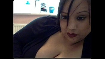 Indian milf on webcam talking very dirty (Part 3 of 3) thumbnail