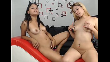 Lesbians playing with each other - pantyboyextreme.com