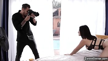Horny photographer Quinton James cant resist the charm of his new model La Sirena 69. He started fucking her pussy until they both reach orgasms.